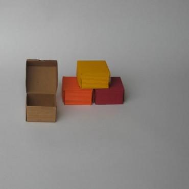 Kinkekarp 7 x 7 x 4 cm - ERINEVAD TOONID