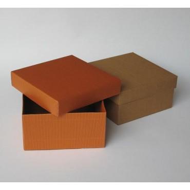 Kinkekarp 20 x 20 x 10 cm - ERINEVAD TOONID