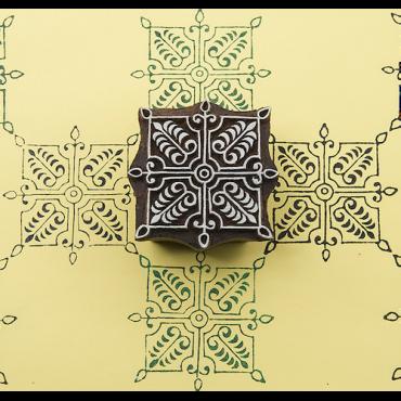 Puittempel B Ruudukujuline ornament (6x6cm)
