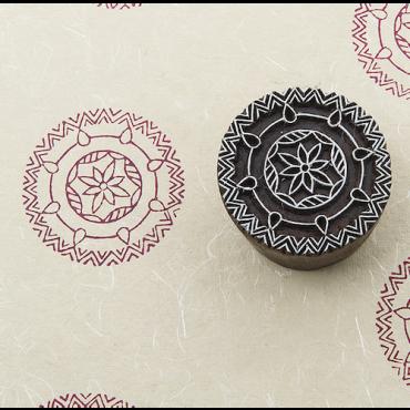 Puittempel B Ümar ornament (5,5x5,5cm)