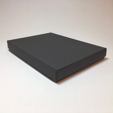 Kinkekarp 30 x 40 x 5 cm - Must lainepapp