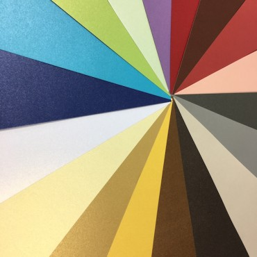 Cardboard METALLIC 250 gsm  14,8 x 21 cm (A5) 25 sheets - DIFFERENT COLORS
