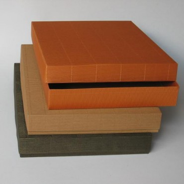 Gift Box 30 x 40 x 5 cm - DIFFERENT COLORS