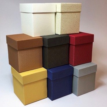 Gift Box 14 x 16 x 17 cm - DIFFERENT COLORS