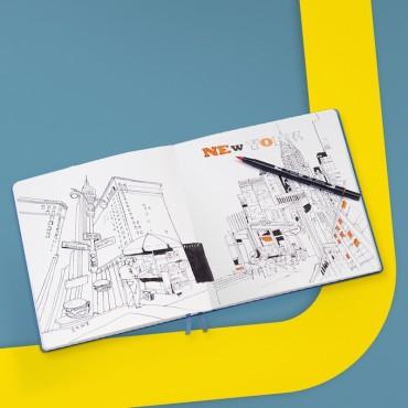 Sketchbook SQUARE 150 gsm 22,5 x 22,5 cm 112 plain sheets - DIFFERENT COLORS