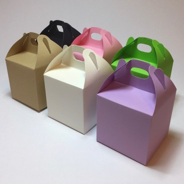 Package with HANDLE 12 x 12 x 12 cm- DIFFERENT COLORS
